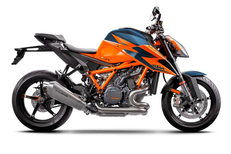 365282_MY21_ KTM 1290 SUPER DUKE R_ Orange